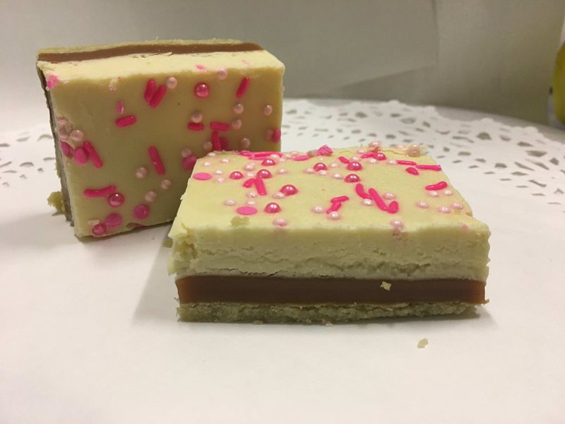 White Chocolate Caramel Cookie Bar, Breast Cancer Awareness Month Fundraiser 100mg - None