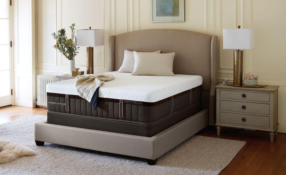 Stearns Foster Hybrid Richlawn Luxury Firm King Mattress