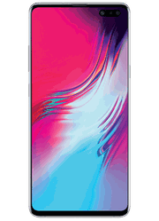 Samsung Galaxy S10 5Gat Sprint Road Crossing